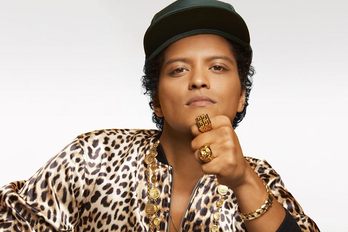 Певец Bruno Mars